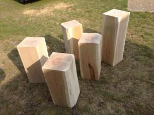 Sitzklötzer aus Eichenholz